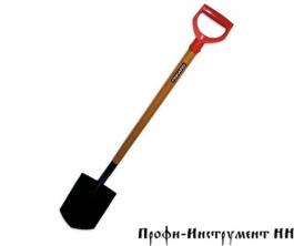 Лопата FISKARS штыковая, деревянный черенок