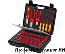 Чемодан компактный с инструментами электроизолированными 17 предметов KNIPEX 98 99 11